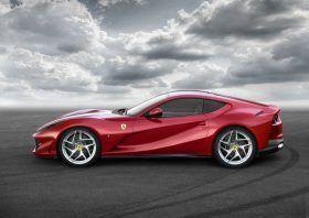 Ferrari 812 Superfast 2017 Salon de Genève Caroom.fr
