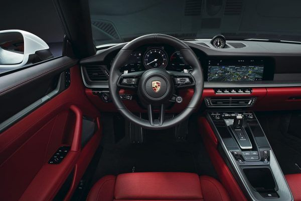 Porsche 992 911 Carrera interieur