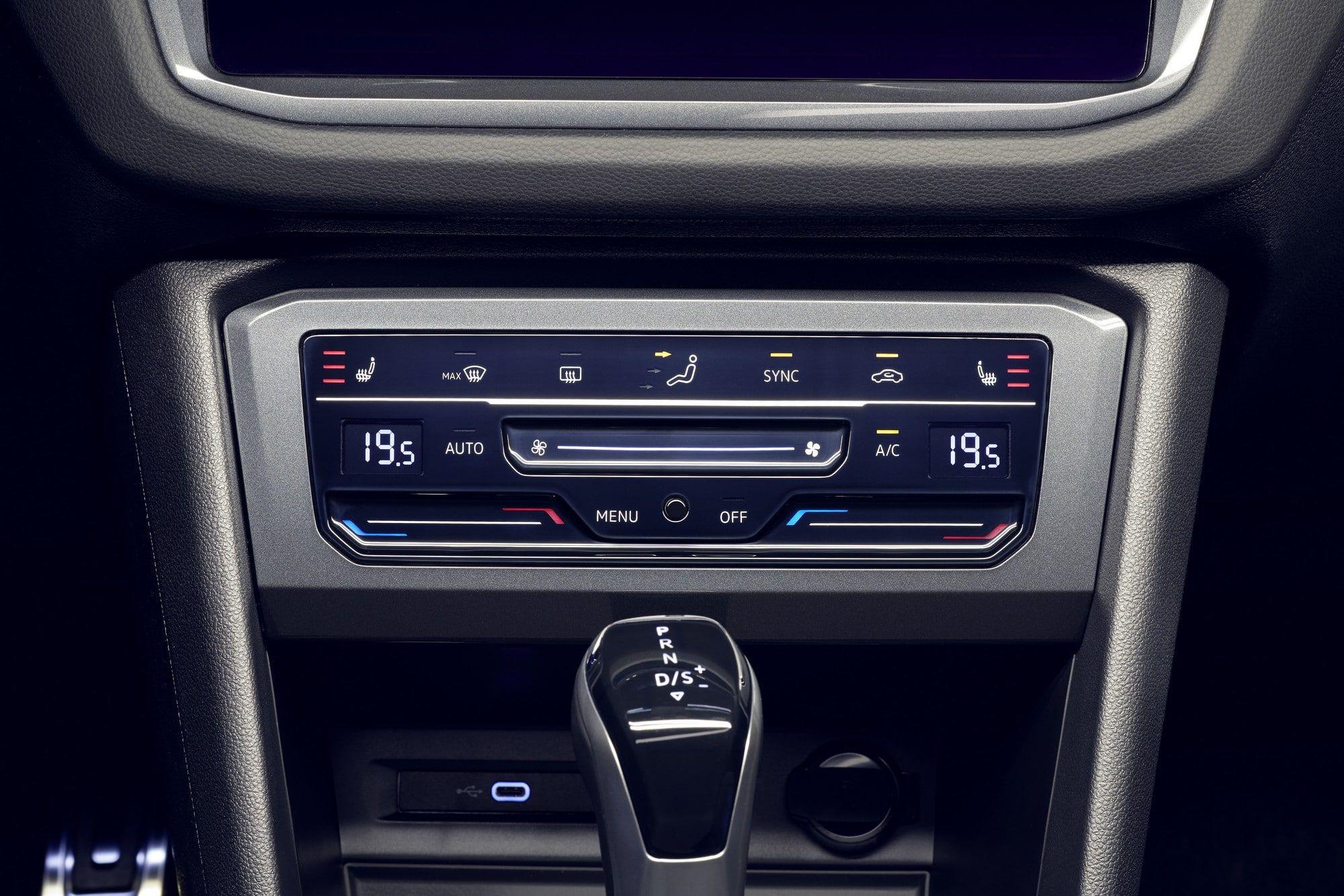 Volkswagen Tiguan (2020) pavés tactiles