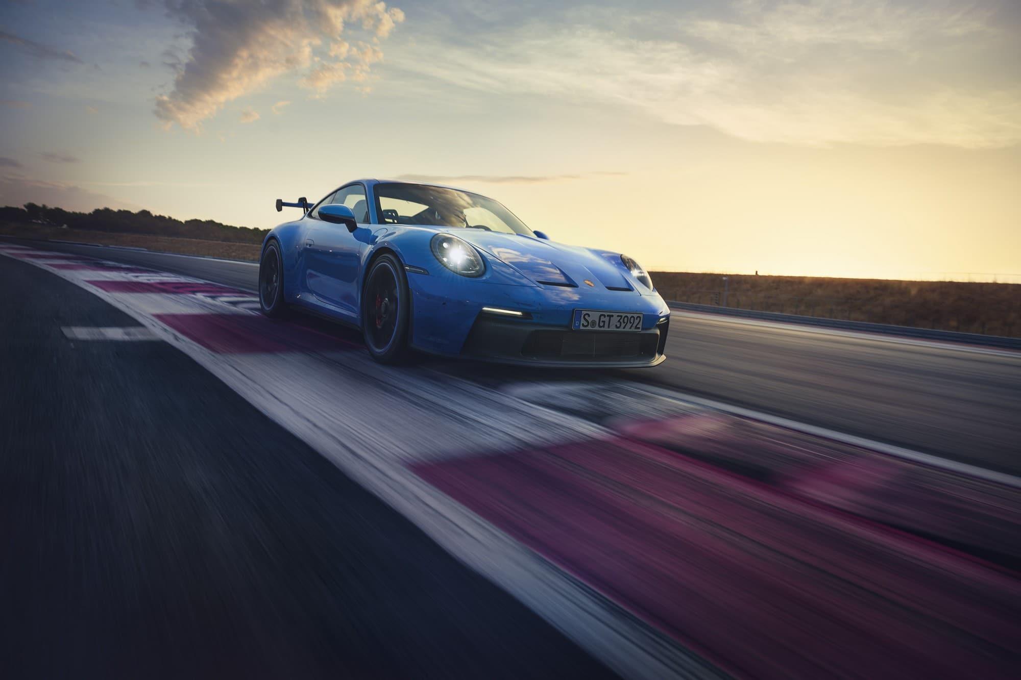Porsche 911 992 GT3 2021